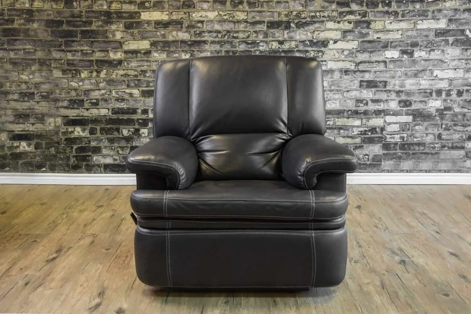 Leather Recliner Chairs Canada The Denmark Leather Reclining Chair Collection Canada 39s