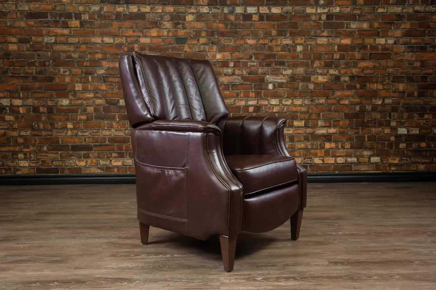 Leather Recliner Chairs Canada The Library Leather Recliner Chair Canada 39s Boss Leather