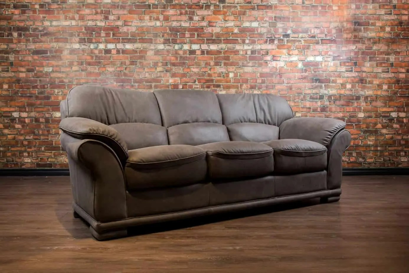 Leather Couch Canada The Caledon Leather Sofa Canada 39s Boss Leather Sofas And