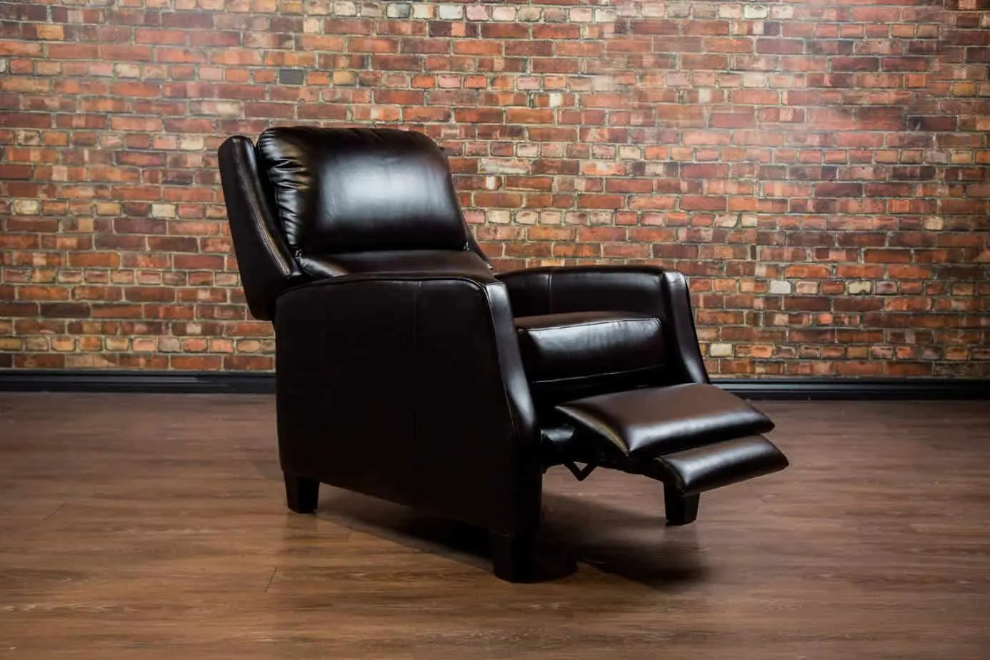 Leather Recliner Chairs Canada The Country Club Leather Reclining Chair Collection