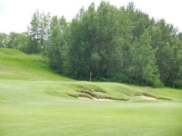 The 18th at Blackhawk -- one of the best closers in Canada.