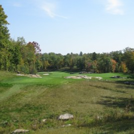 The 7th hole at Oviinbyrd -- with greens as good as anywhere in Canada.