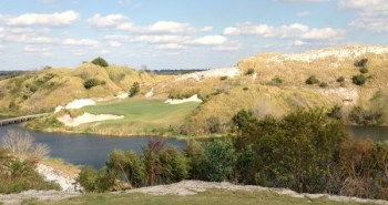 The 7th hole on Doak's course at Streamsong.