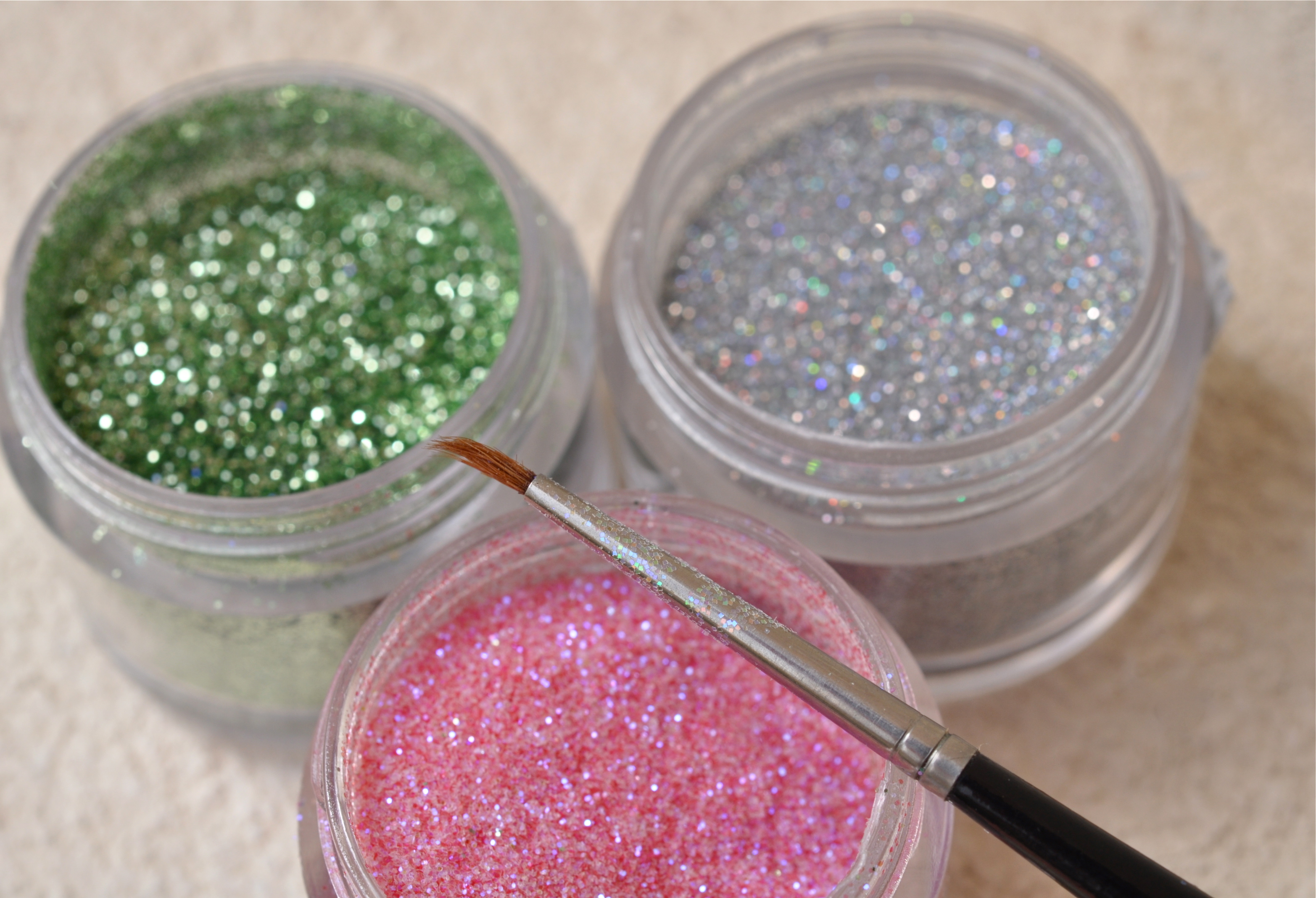Cheap White Card Diy Edible Sparkly Glitter In 5 Easy Steps Home Trends