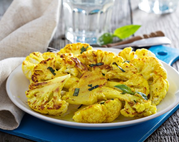 roasted cauliflower with turmeric
