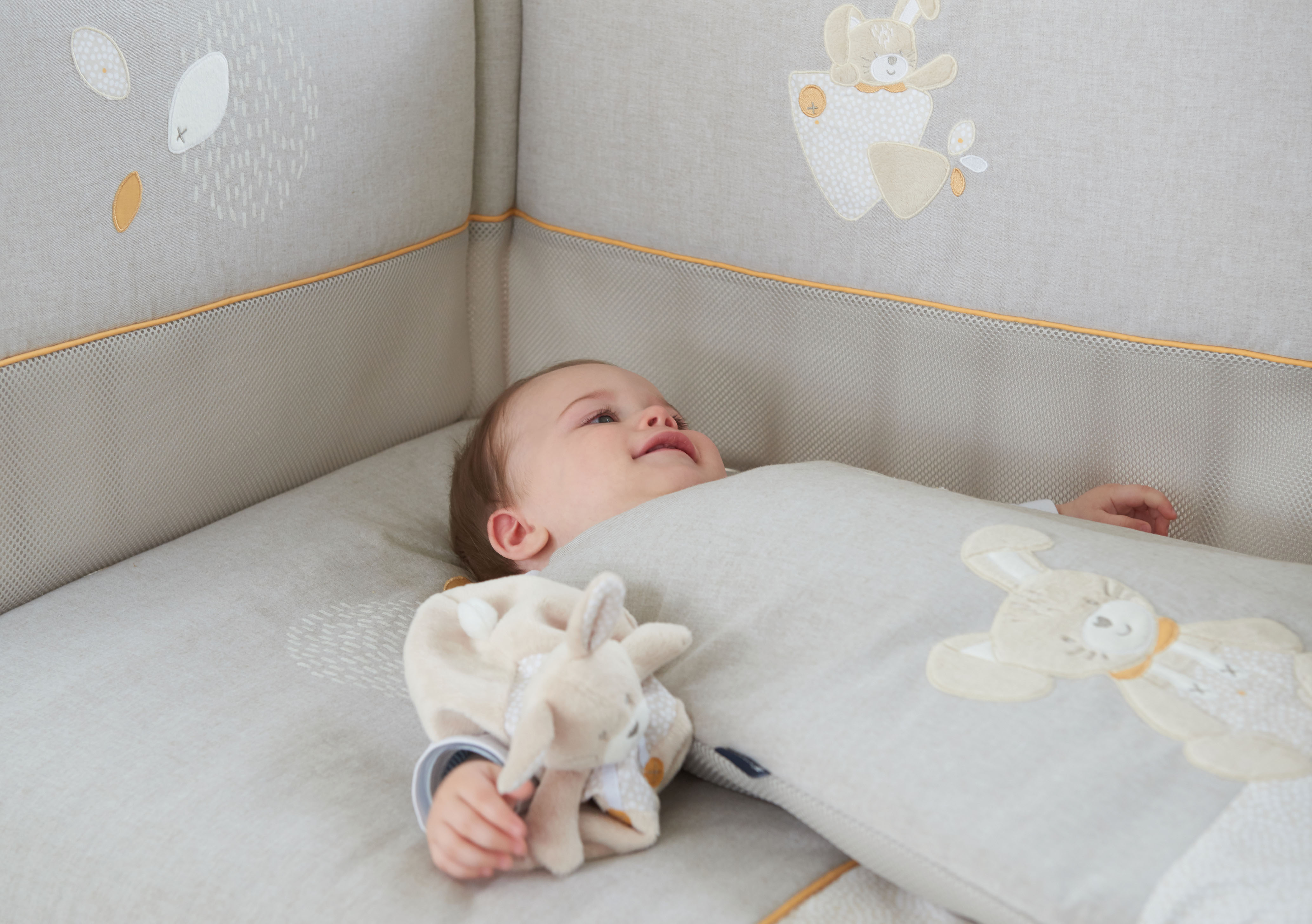 Cache Lit Copie De Tour De Lit Products And Accessories For Baby Brand