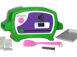 Girl Scouts Cookie Oven by Wicked Cool Toys