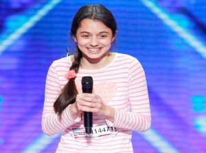 Watch America's Got Talent Season 11 Episode 1: See talented 13 year old opera singer Laura Bretan of Chicago, Illinois wow the crowd and the judges with her amazing performance! Can you believe she's only in the eighth grade?