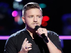"Watch The Voice Season 11 Episode 13 Knockout Round Night 2 Video. See former country singer Billy Gilman of Team Adam Levine sing Rachel Platten's hit song ""Fight Song"" beautifully on Tuesday, October 25, 2016."