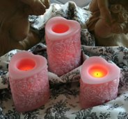 pink heart candles