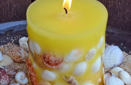 Seashell Embeded Candle