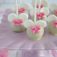 Cake pops. Słodycze na patyku