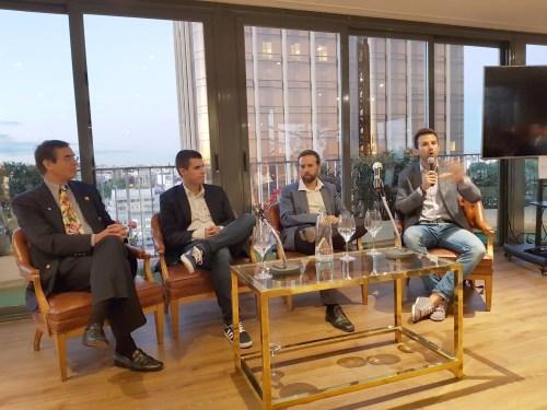 Debatiendo en Kryptoforum con expertos tecnológicos, legales, monetarios e inversión