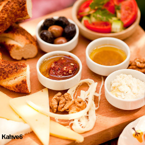 Honey, cheese, olives, simit, tomatoes, in Kahve6 brunch plate