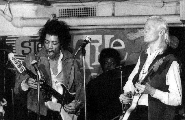 *Jimi Hendrix y Johnny Winter