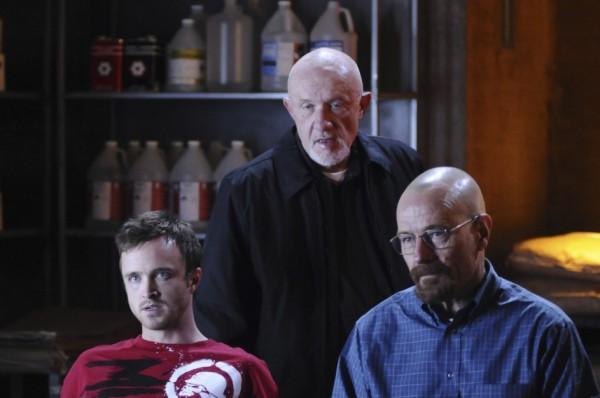 Mike, junto a Walter y Jesse en un frame de Breaking Bad