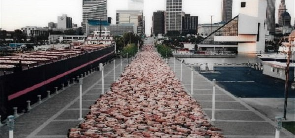 Spencer Tunick's 2004 photo in Cleveland