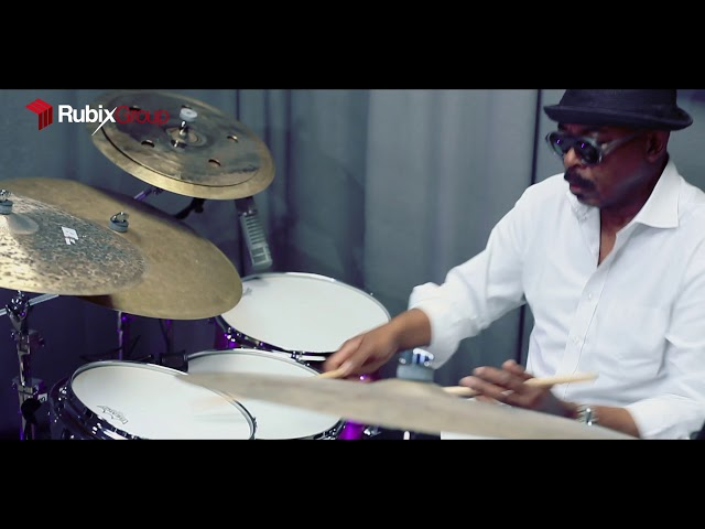 動画「Harvey Mason chooses Canopus Drums」が公開