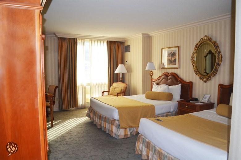 Paris Hotel quarto1