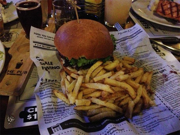 The Pub hamburguer