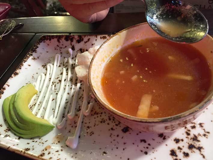 Onde-jantar-em-Las-Vegas-Chayo-sopa