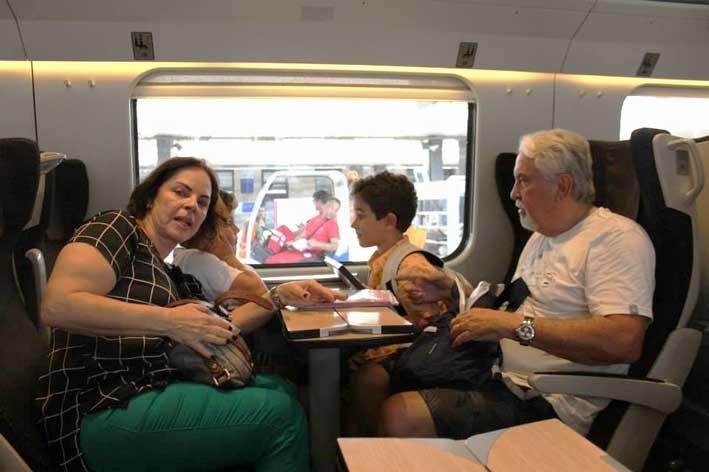 Portugal-Espanha-e-Italia-em-familia-trem
