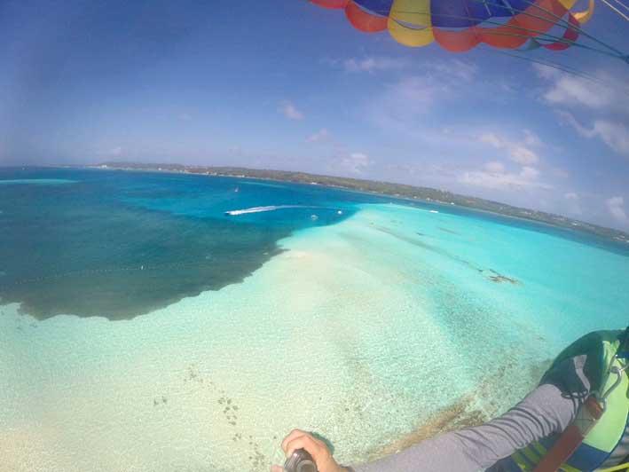 Tudo-sobre-o-voo-de-parasail-em-San-Andres8