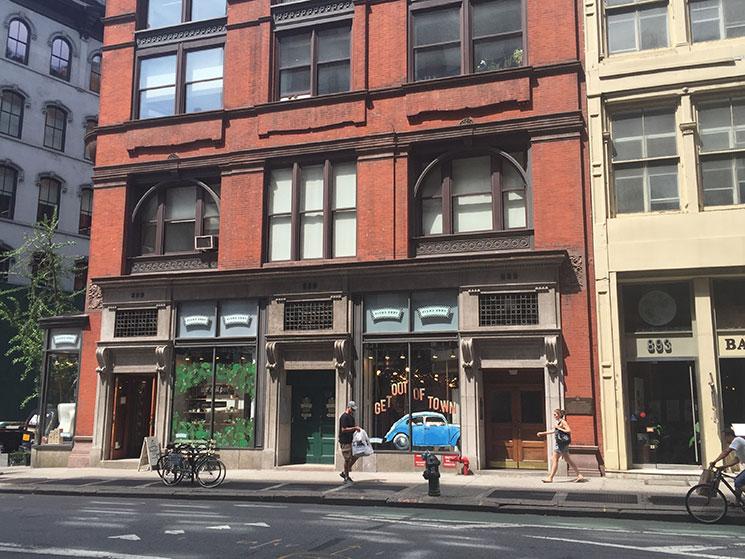 Fishs eddy em new york uma loja imperd vel cantinho de n for Fishs eddy ny