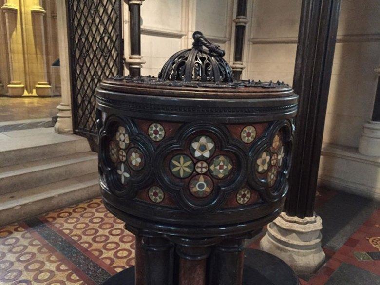 Pia Batismal da Catedral de Dublin