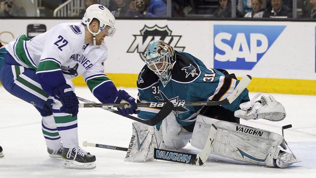 Daniel Sedin, Vancouver Canucks vs. Antti Niemi, San Jose Sharks