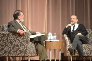 Bob Abelman, left, arts critic for the Cleveland Jewish News, interviews Joel Grey, an actor, writer and Cleveland native. Photo | Amanda Koehn