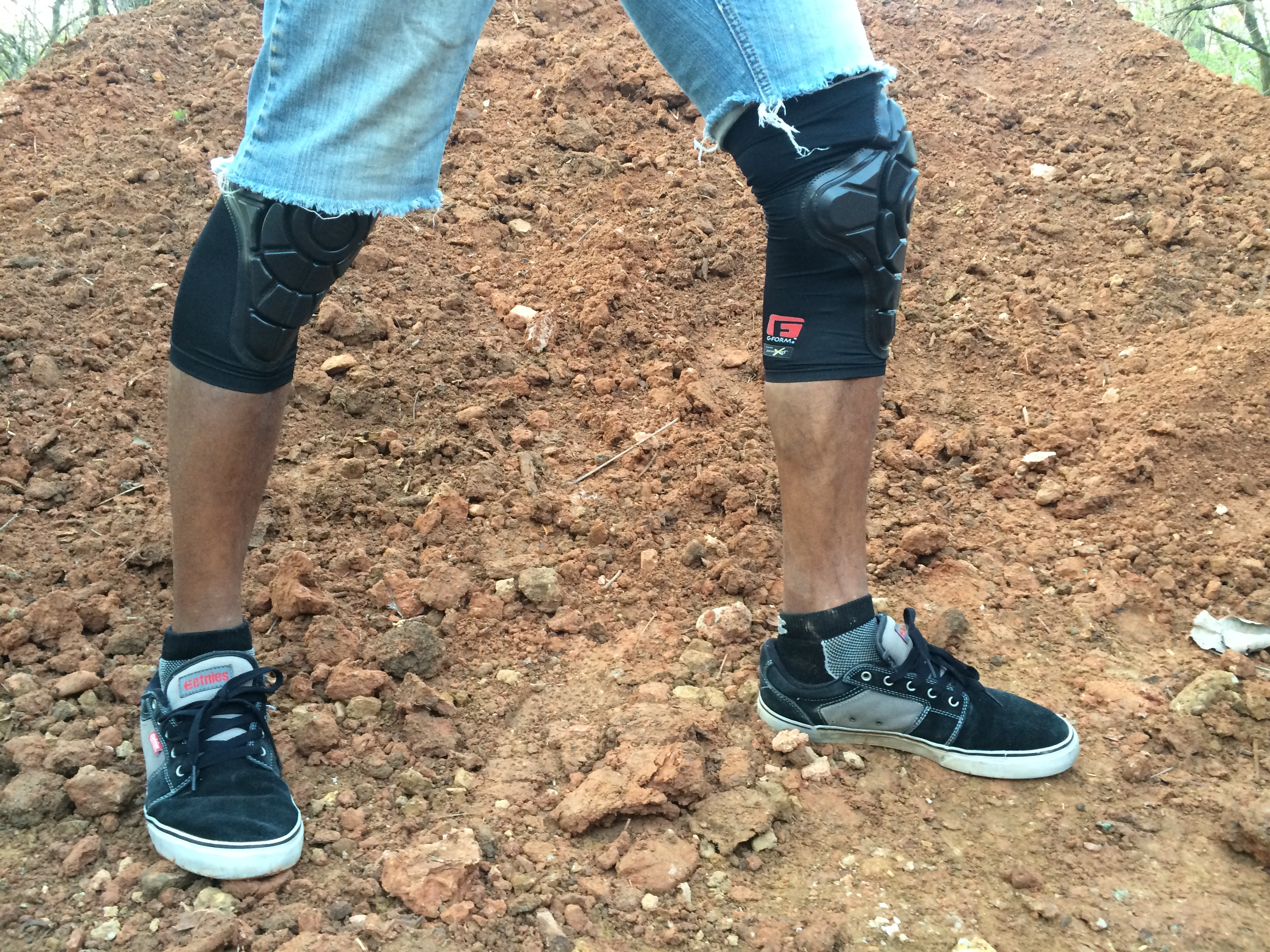 Review: G-Form Knee Pads - Can You Dig It BMX