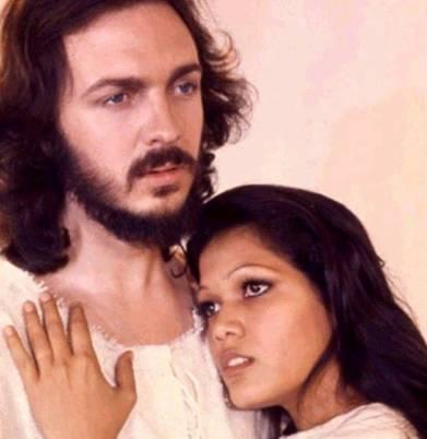 Camilo Sesto y Ángela Carrasco, protagonistas de la versión española del musical 'Jesucristo Superstar'.