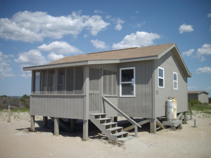 Kitchen Table Island Combination Cabins | Davis, Nc Ferry | Cape Lookout Cabins & Camps