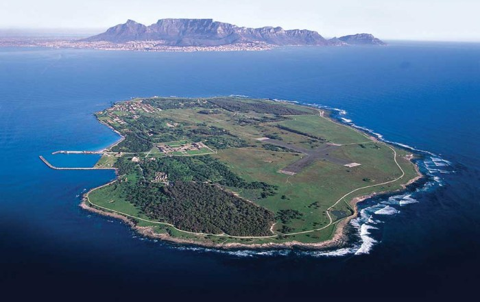 How to Experience Cape Town Like the Stars