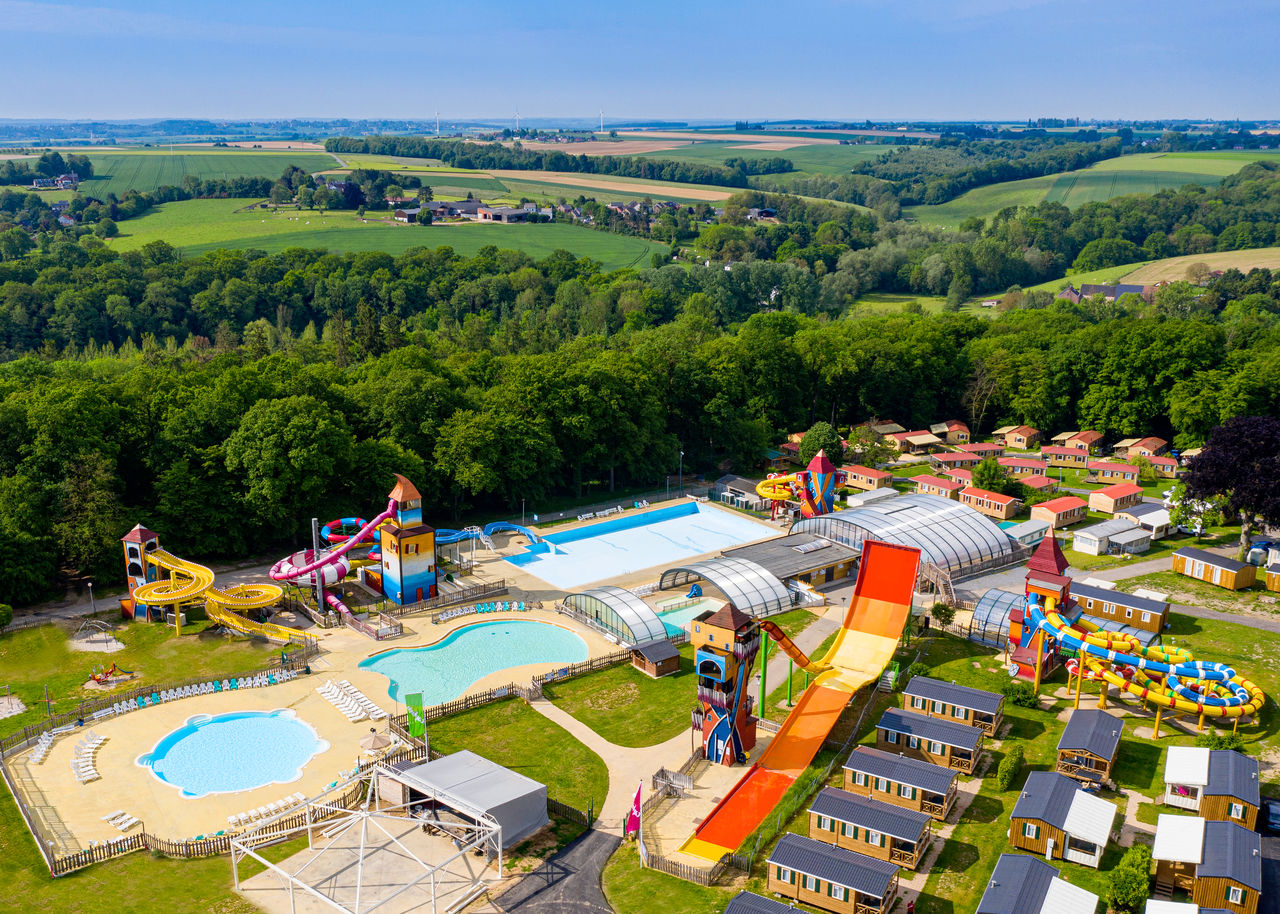 Camping Amalfikust Zwembad Camping Holidays L Hirondelle Family Holidays In Oteppe Ardennes