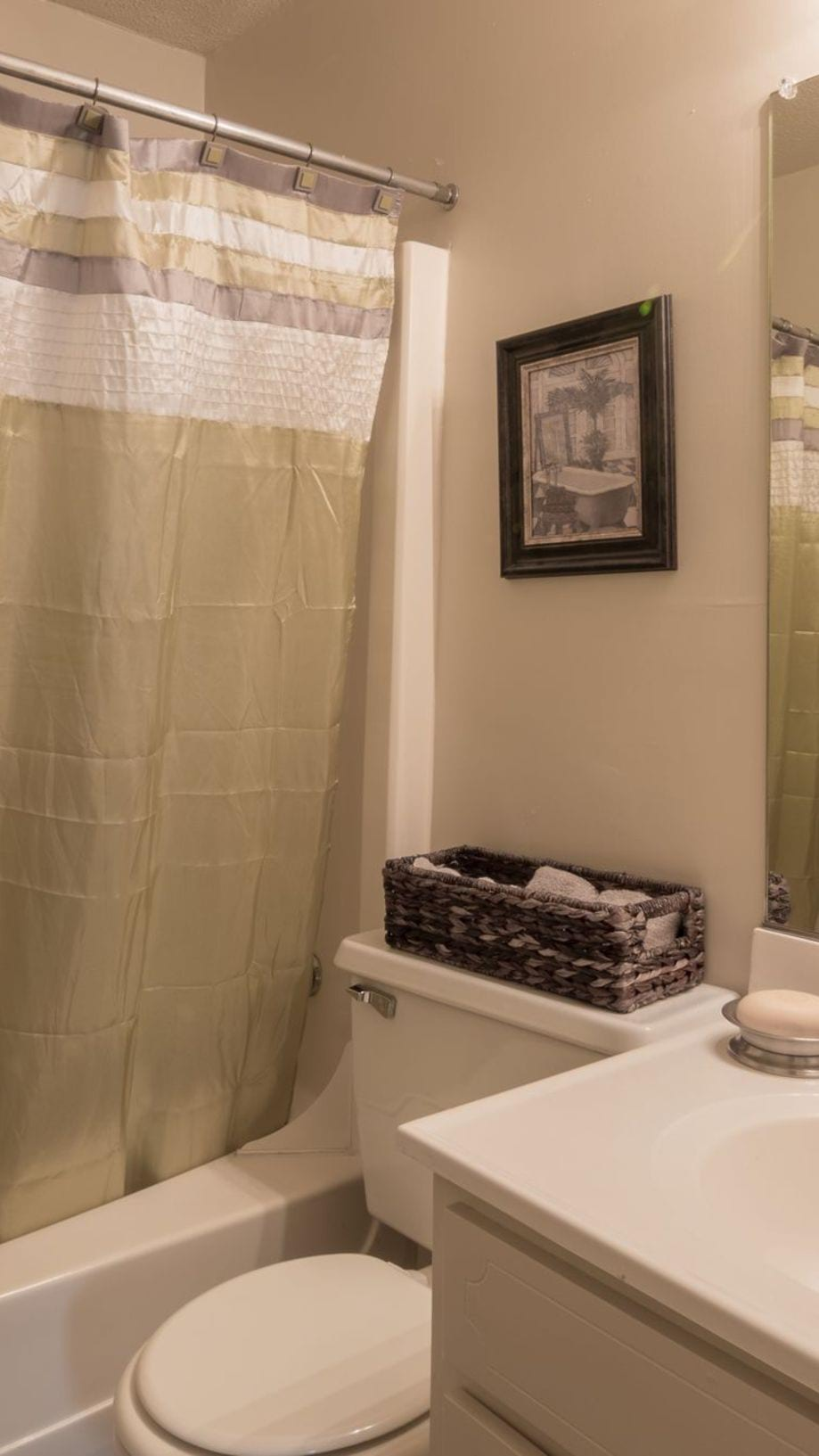 Apt 9 Shower Curtain Amenities At Glendare Park Apartments