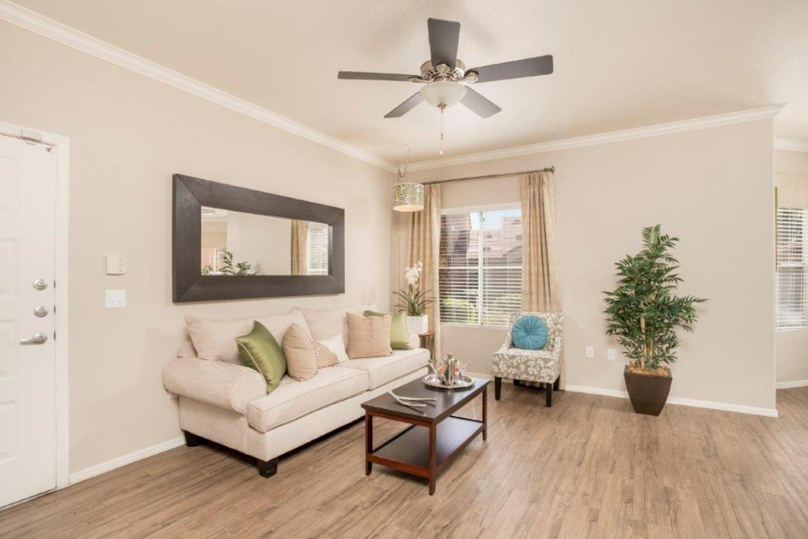 Upscale Ceiling Fan Pinnacle At Union Hills Luxury Apartments Phoenix