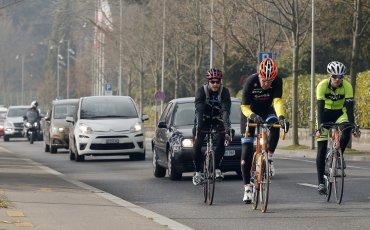 la-fg-kerry-bicycle-20150318