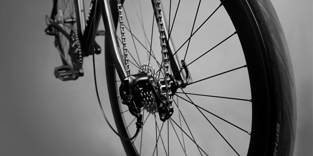 twicycle-road-bicycle-designboom-09-818x409