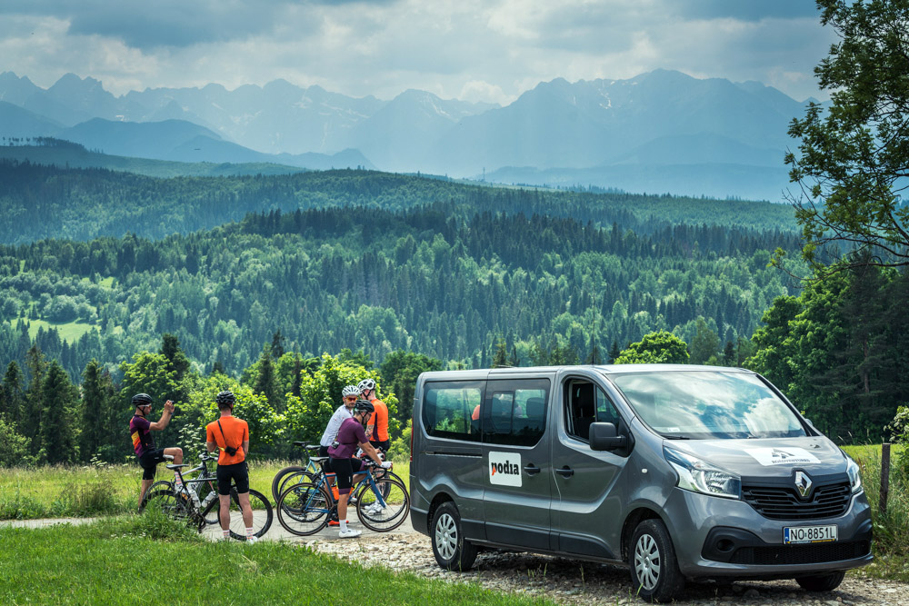 podia_tatra_roadventure_eastern-europe-fully-supported-road-travel-tour_mountain-pit-stop
