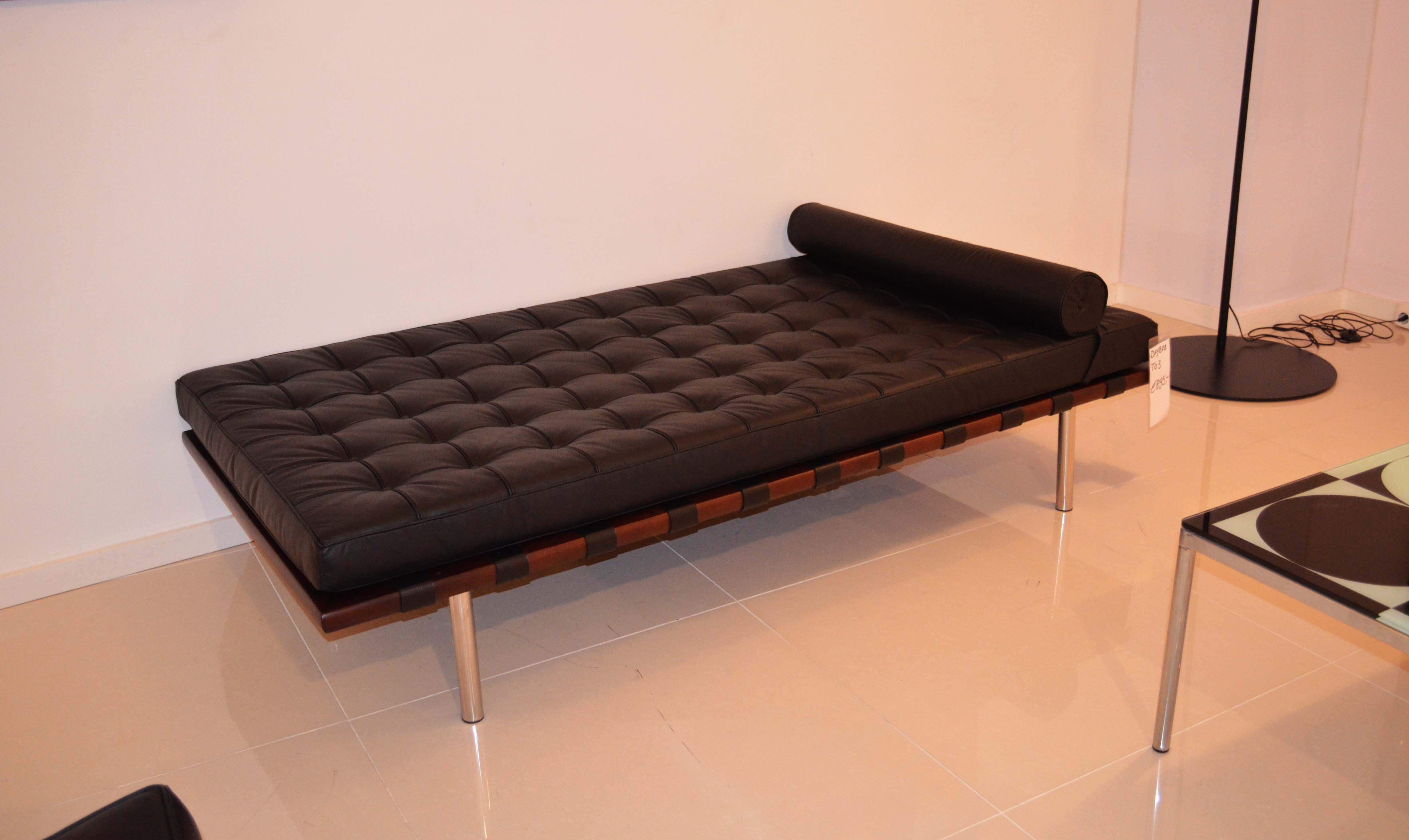 Chaise Barcelona Caprinjo Design Meubel Outlet