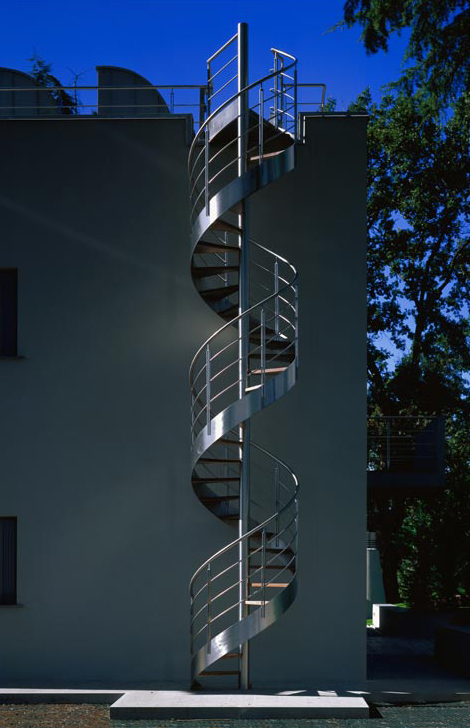 Hideaway Bed Exterior Spiral Staircase Design In Metal - Monumental