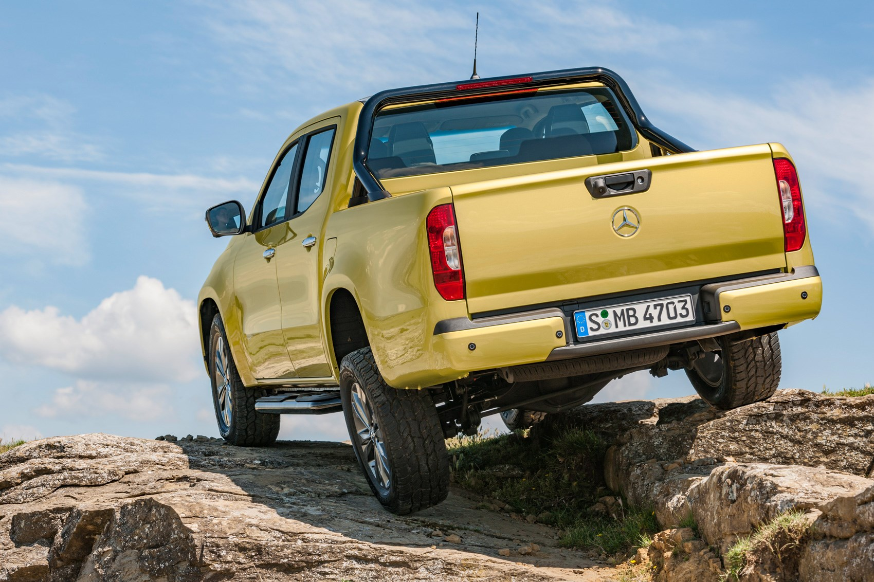 Pick Up New Mercedes Benz X Class Pick Up News Specs Prices V6