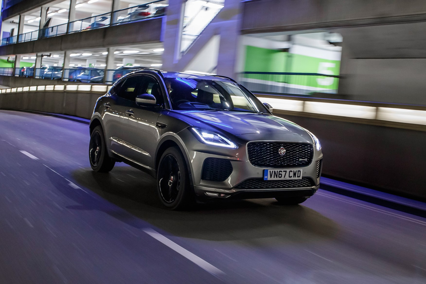 Interieur E Pace Jaguar Jaguar I Pace 2018 Review Specs Prices Pictures On Sale Date