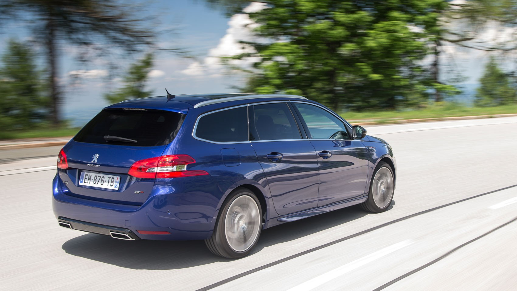 Peugeot 308 Sw Peugeot 308 Sw Gt Line 2018 Review Car Magazine
