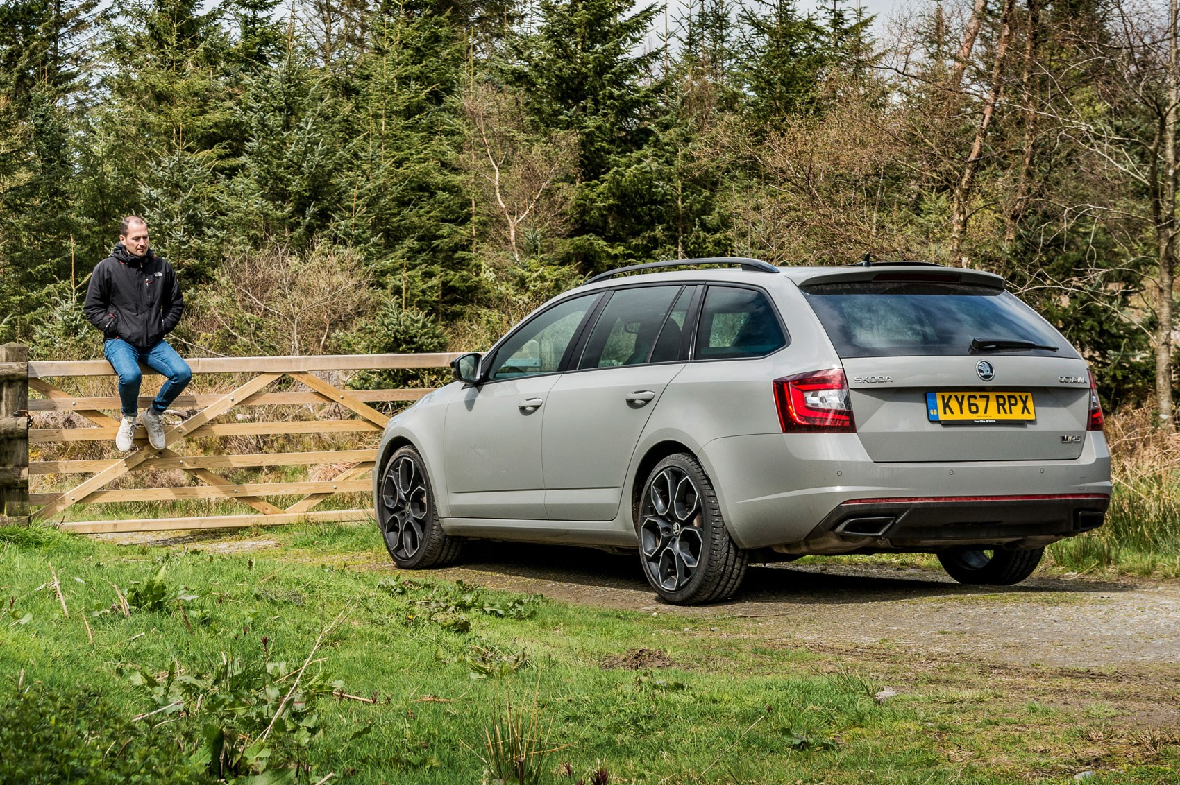Skoda Octavia Vrs Estate Skoda Octavia Vrs 245 Estate Long Term Test Review Car