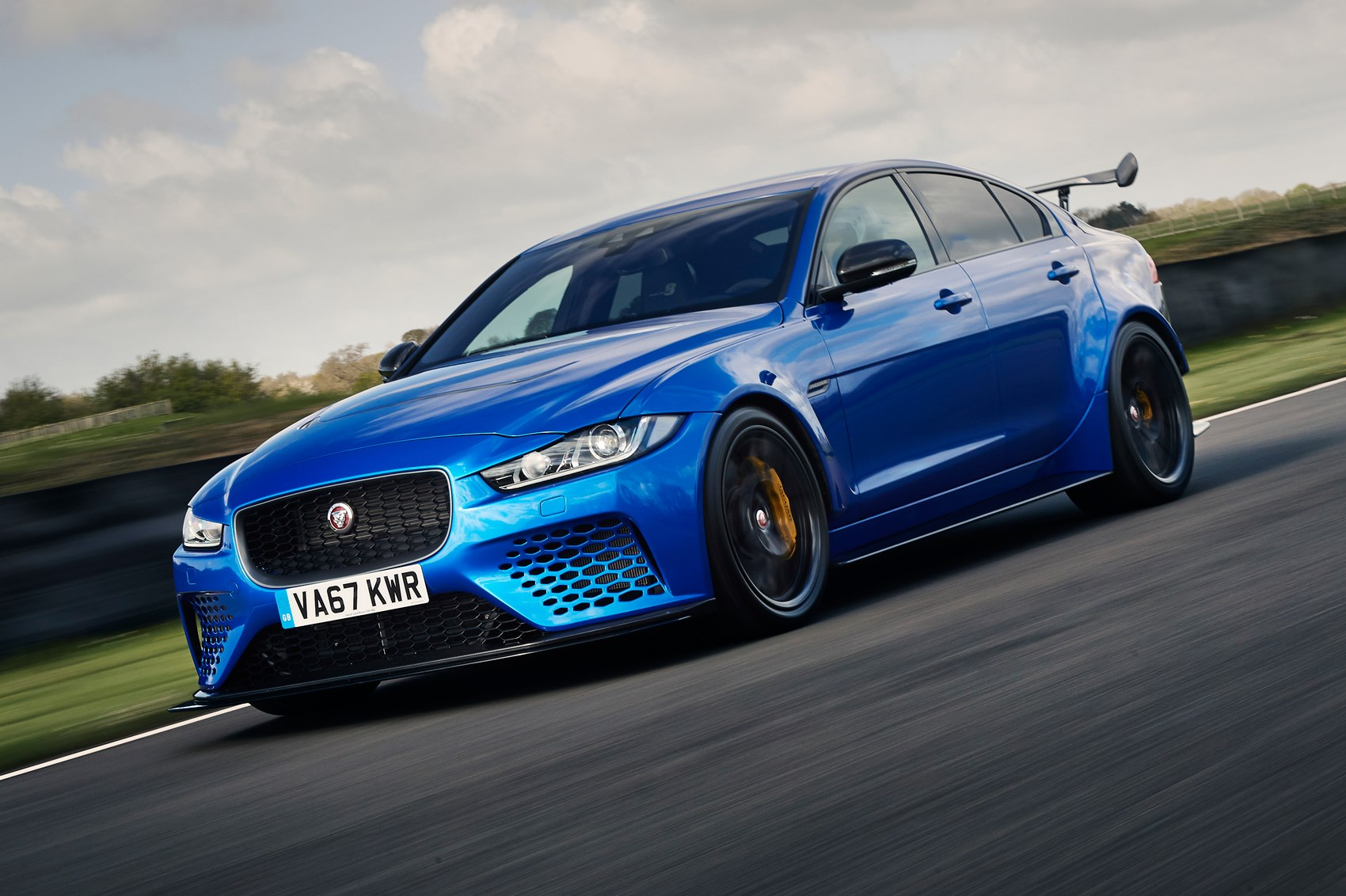 Jaguar Xe Sv Project 8 Jaguar Xe Sv Project 8 2018 Review Car Magazine