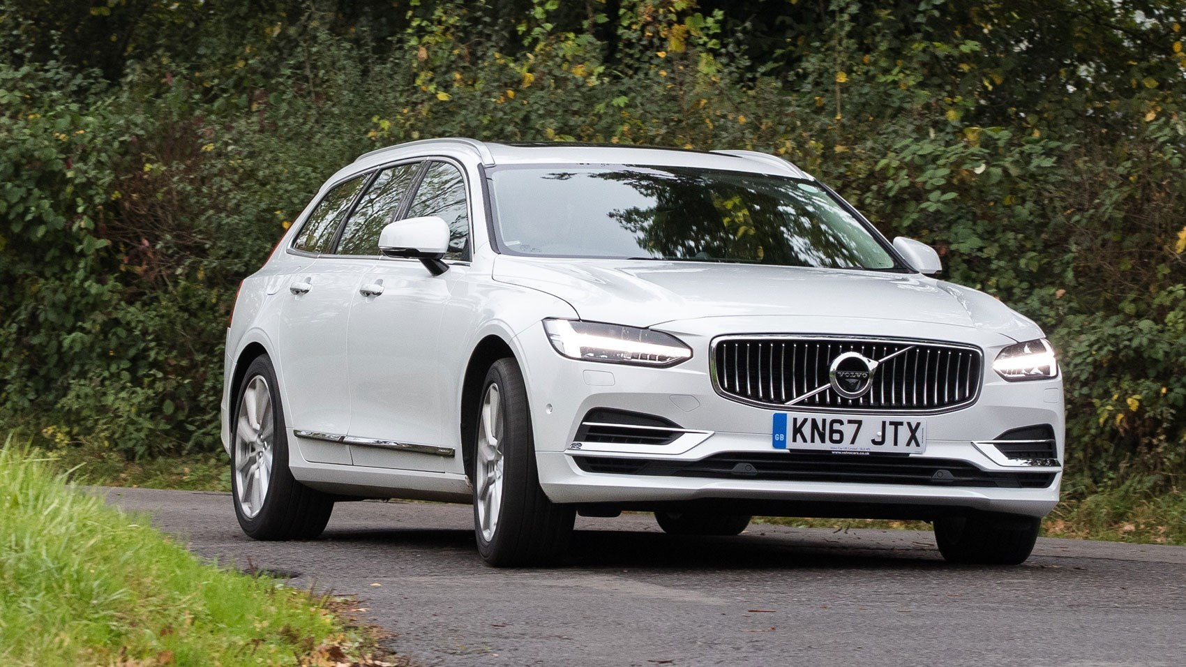 volvo to impose 112mph top speed limit on all cars from 2020