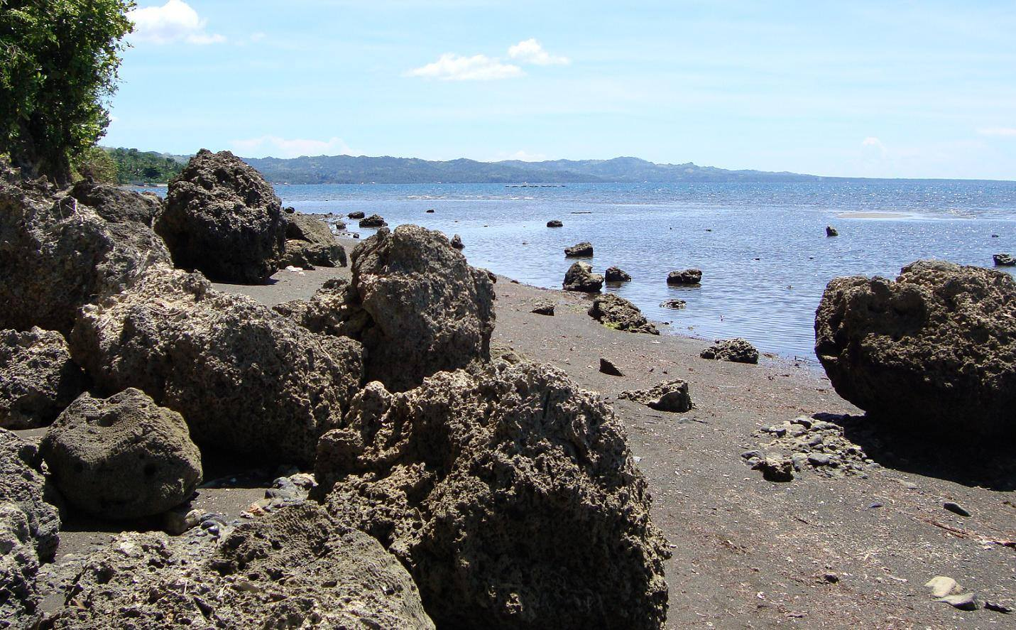 amontay beach, nasipi